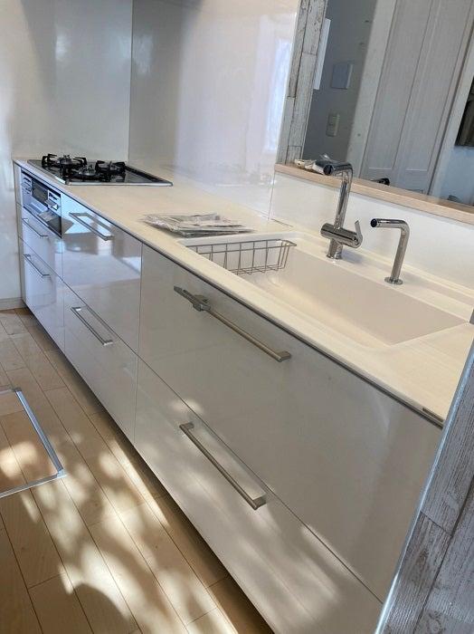 原田龍二の妻、完成した自宅キッチンを公開「しばらく眺めていたい」