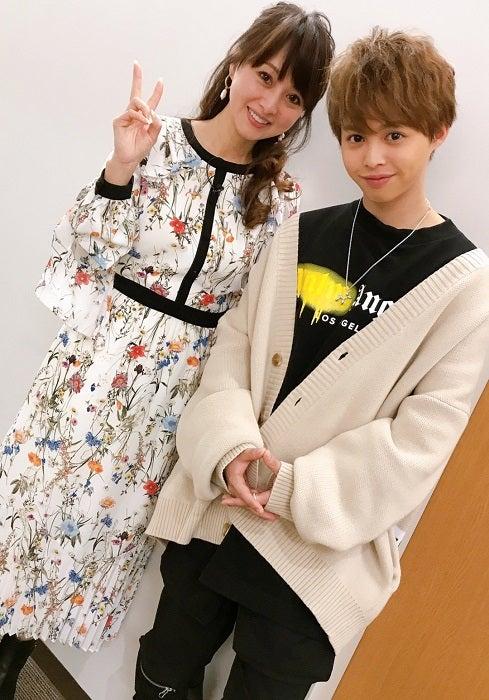 渡辺美奈代、長男・矢島愛弥の誕生日を祝福「抱っこ好きの甘えん坊さんだった」