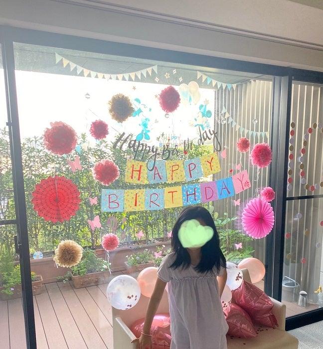 市川海老蔵、娘・麗禾ちゃんの誕生日パーティでの子ども達の行動「ママの席、だそうです」