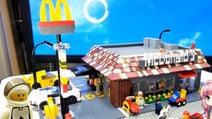 LEGOでマクドナルド店舗を作ってみた 内装まで忠実に再現された作りこまれた具合が半端ない!