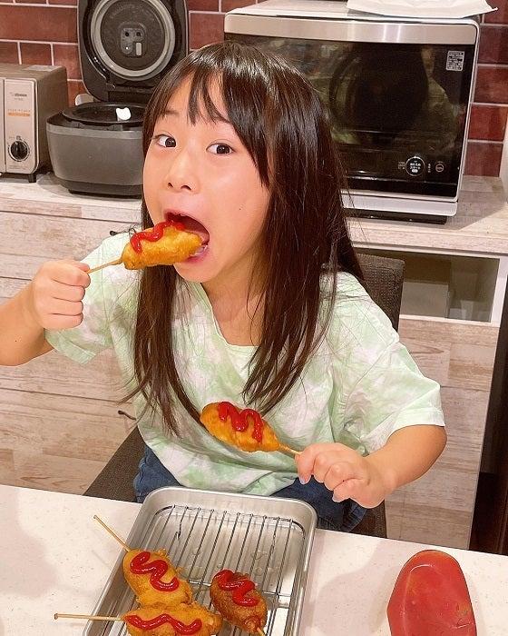 みきママ、娘が一瞬で食べた料理を披露「幸せそう」「食べたい」の声