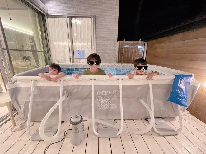 辻希美、子ども達が大興奮した本格的な自宅プール「深さが増し増し」