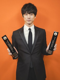 坂口健太郎「もう一度、かぶとの緒を締め直します」 「ソウルドラマアワード2021」でアジアスター賞を受賞