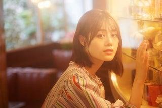 伊藤美来、シングル「パスタ」の新アー写を解禁