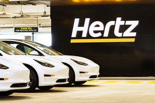 ハーツ、テスラ車10万台を導入 23年末までに100以上の市場で