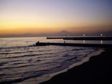 中国大連生活・観光旅行通信**-江ノ島の富士山