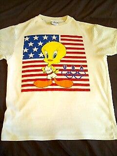 トゥイーティーTシャツ