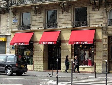 パリのレストローズパリ
