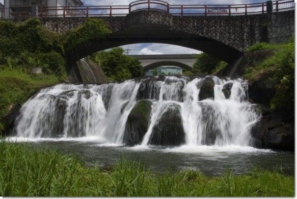 上司尾の滝(橋付き)