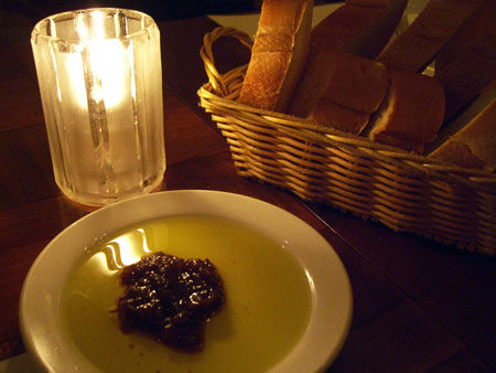 Campbell, CA ~ベイエリアでの暮らし~-美味しいパンとオリーブオイル