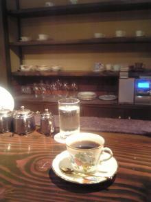 喫茶 ・骨 【 こっ 】。 ~~旦_(-ω-`。)