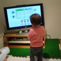 子供をTVに近づけな…