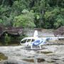ヘリコプターで熱帯雨…