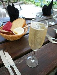 コッツウォルズより愛をこめて-シャンパン ブリュット・ジョルジュ・ガルデ
