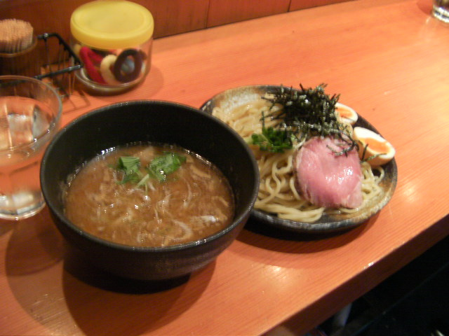 HIKAKIN Official Blog-麺処本ほん田
