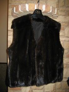 大木毛皮店ギタバカ工場長の毛皮修理リフォーム専門ブログ-毛皮コート 着丈つめ