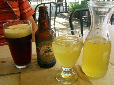 Campbell, CA ~ベイエリアでの暮らし~-ビールとアイスティ