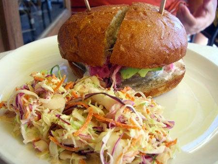 Campbell, CA ~ベイエリアでの暮らし~-Grilled Tuna Burger その1