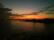 暇人の暇人による暇人のためのブログ-8/23大阪南港の夕焼け@フェリーto新門司港