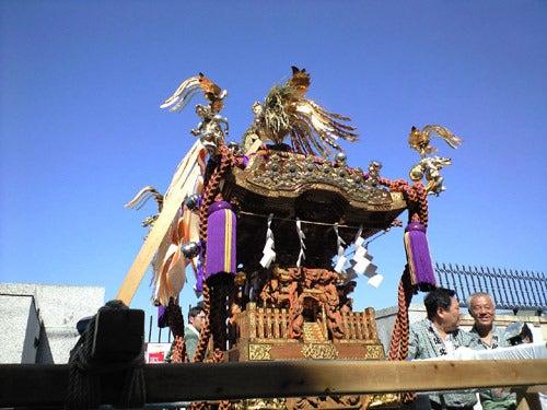 外道大王の釣行記-都会の祭りとは思えない空!!