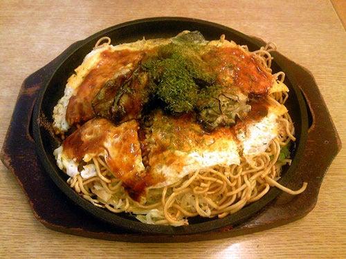 カルマンギアのある生活-広島風お好み焼き