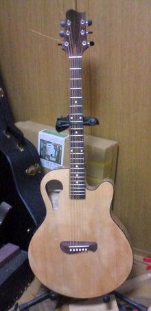 ギターが好き。。。。。。下手だし、中年オヤジだけど。。。。。。-37012