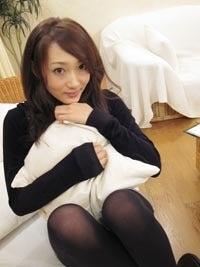 大橋沙代子さんのタイツ姿