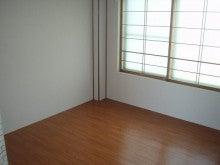 曙2・4-202洋室