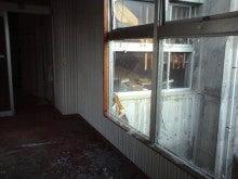 廃墟に魅せられて-20090817060232.jpg