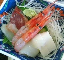 ときどきグルメになりたくなるブログ-男鹿海鮮市場のイクラ丼は宝石箱です11
