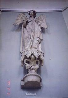 きょうの石膏像     by Gee-FR078