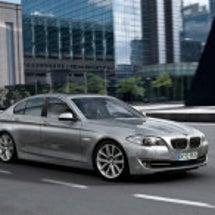 BMW 新型5シリー…