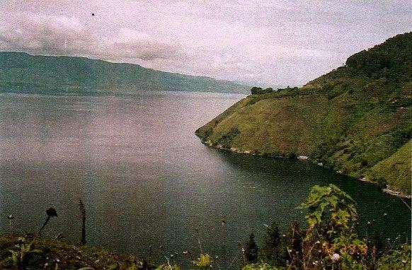 マハカム河のほとりで ~インドネシア熱帯雨林滞在記~