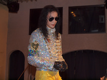 "MJ Tribute X'mas Party for Fans :  ""Merry X'mas to Michael! We'll Heal the World !"" -マイコーrさんGreeting"