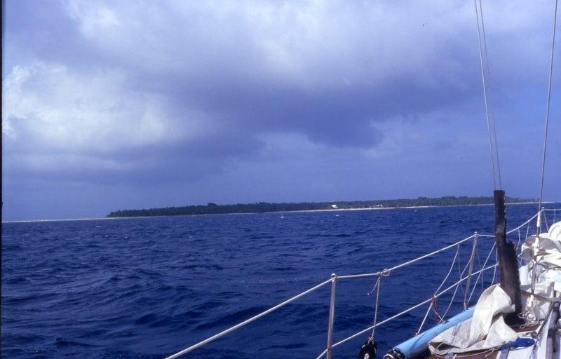 ウルシー環礁 | CROWのブログ
