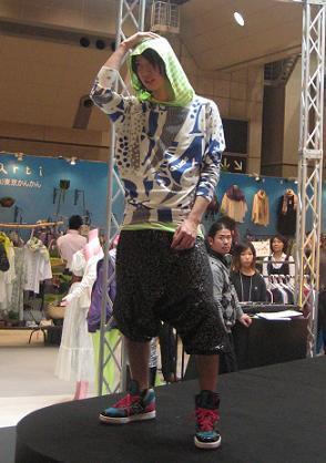 ファッションショーモデル」がよくやっちゃう恥ずかしい事、いい