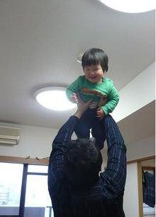 Grumpy Monkey(不機嫌なおさるさん)の観察日記-mini n HT san