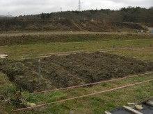 週2日6時間でこんなにやってる家庭菜園 byウッチー-100215畝たて07