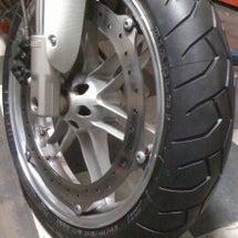 XB9S タイヤ交換…
