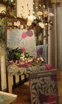 インテリア・エクステリアの夢を叶えるデザイナー画呂夢のブログ-椅子の張り地にオズボン&リトル