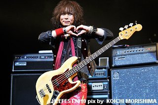 HEEFEST 2010 OFFICIAL BLOG-dy-04