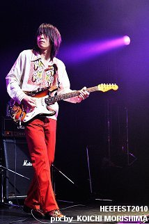 HEEFEST 2010 OFFICIAL BLOG-tym-03