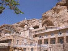 水の上を走る-テクラ修道院