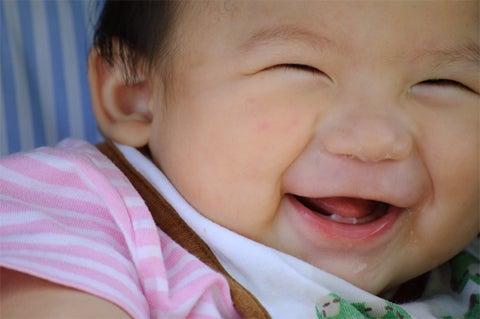 「赤ちゃん 笑顔」の画像検索結果