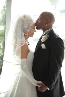 $ゆかいな国際結婚~毎日がコメディー~by Samaris(サマリス)-ウエディングドレス
