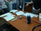 $ろころん ろこ ろん ろ ころん-学校の会議室で 委員総会の後の事務処理