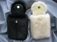 大木毛皮店工場長の毛皮修理リフォーム-ミンクの携帯ポーチ