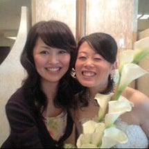 親友の結婚式にて