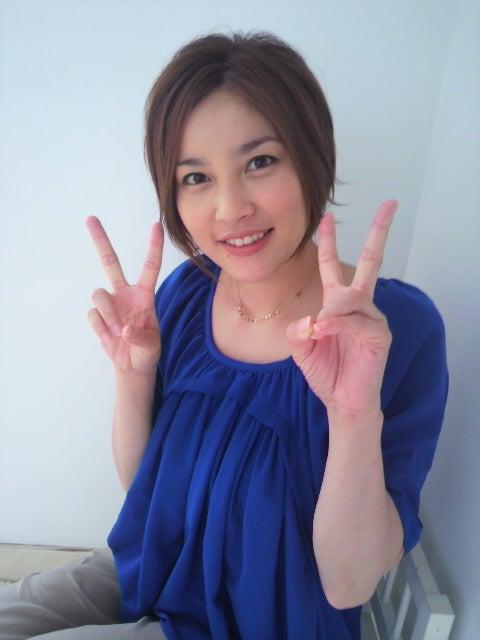 可愛い髪型の瀬戸朝香