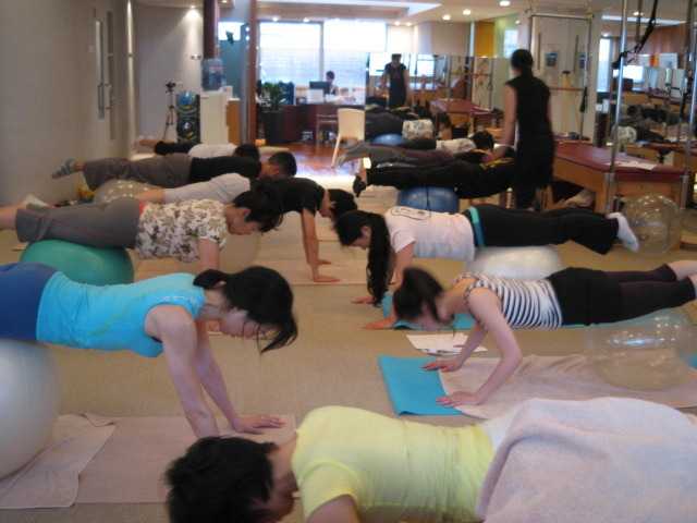 スタジオA・CORE official Blog-11 July Pilates with small props 2